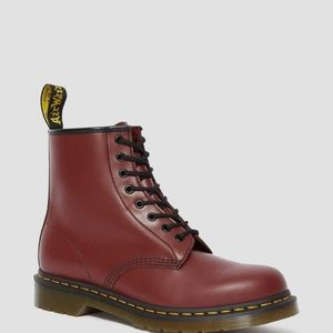 NWT Dr. Martens Air Walk Ankle Boots